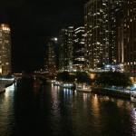 Night view, Chicago river / Gece manzarası, Chicago nehri