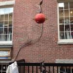 Harvard-MIT arasi: Kafe Girişi /Shop Windows Between MIT and Harvard: Cafe Entrance
